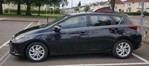 Toyota Auris tuition car